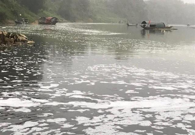 Công an vào cuộc, điều tra nguyên nhân cá chết hàng loạt trên sông Chu - 2