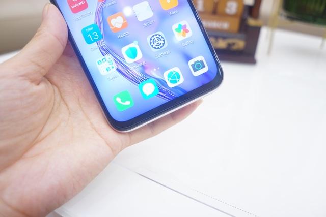 Cận cảnh Huawei nova 7i - Smartphone tầm trung với cụm 4 camera nổi bật - 5