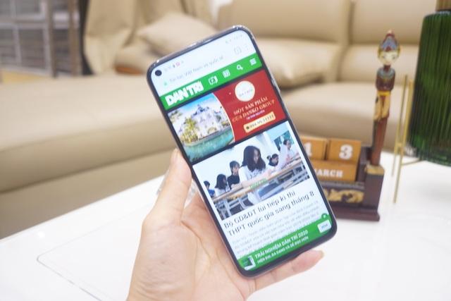 Cận cảnh Huawei nova 7i - Smartphone tầm trung với cụm 4 camera nổi bật - 2