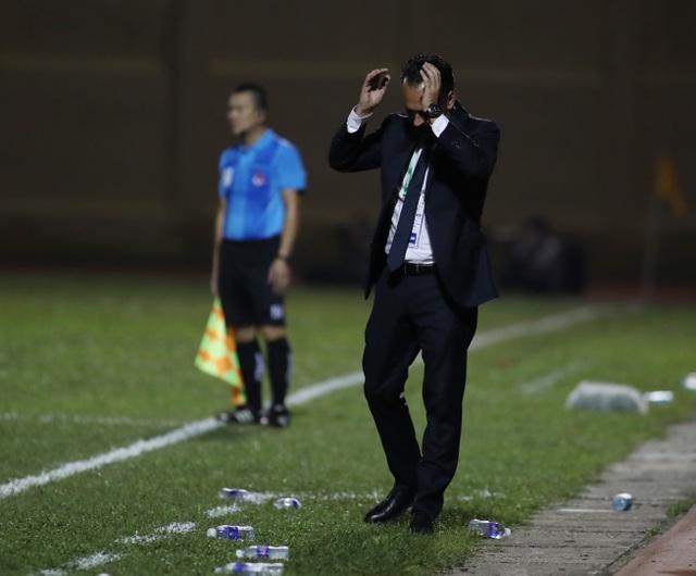V-League 2020: TPHCM bứt phá trước CLB Hà Nội, chuyện trọng tài và VAR - 4