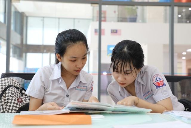 Lùi thời gian thi THPT quốc gia, thí sinh vẫn có cơ hội tham gia xét học bạ - 1