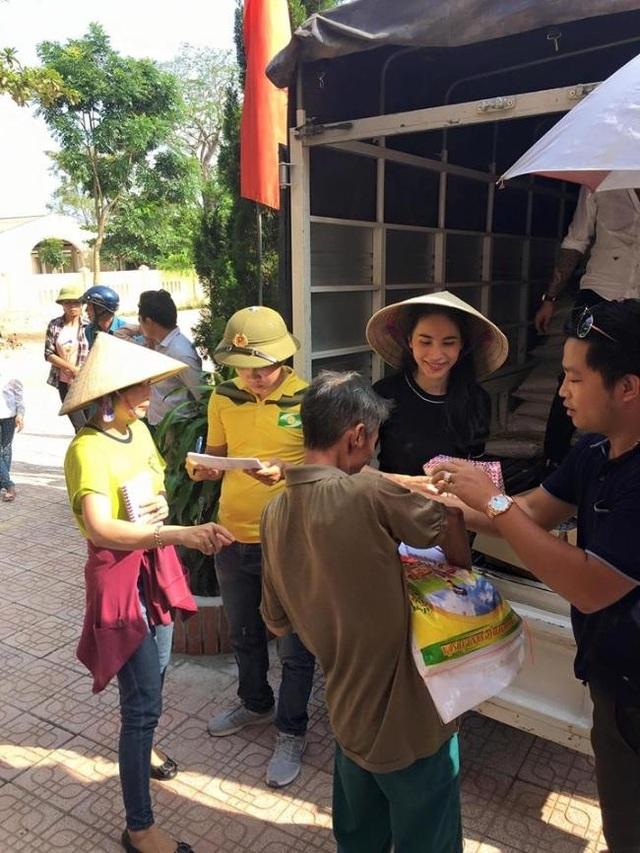 Tréo ngoe cảnh nghệ sĩ Việt làm từ thiện bị... chê bai, công kích - 3