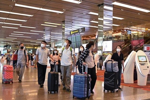 Người Việt nhập cảnh Singapore phải cách ly 14 ngày - 1