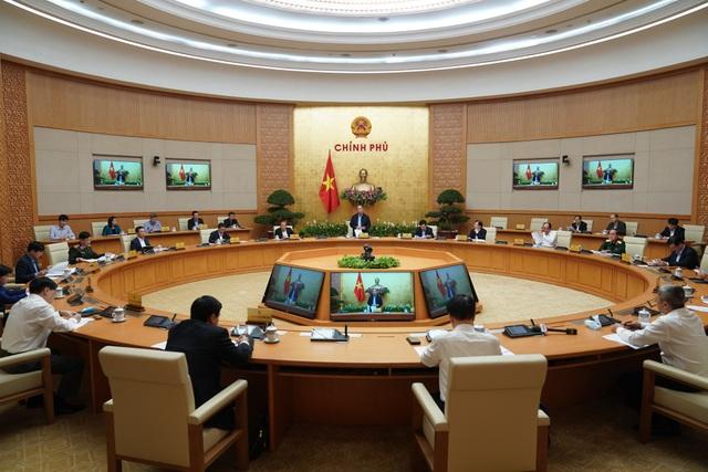 Thủ tướng: Tranh thủ giai đoạn vàng, quyết liệt chống dịch Covid-19 - 1