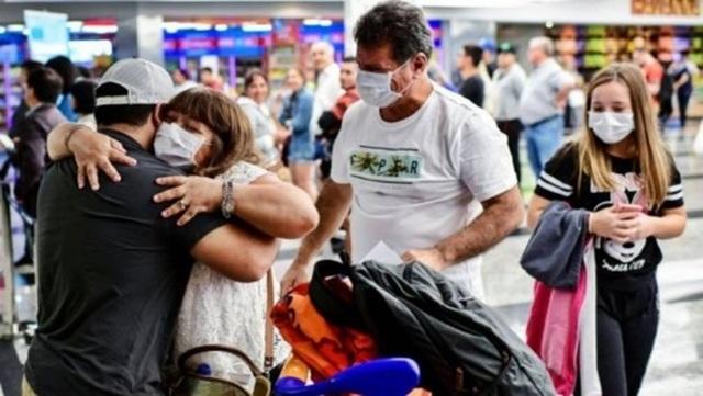 Trục xuất 270 du khách đến từ chối cách ly - 2