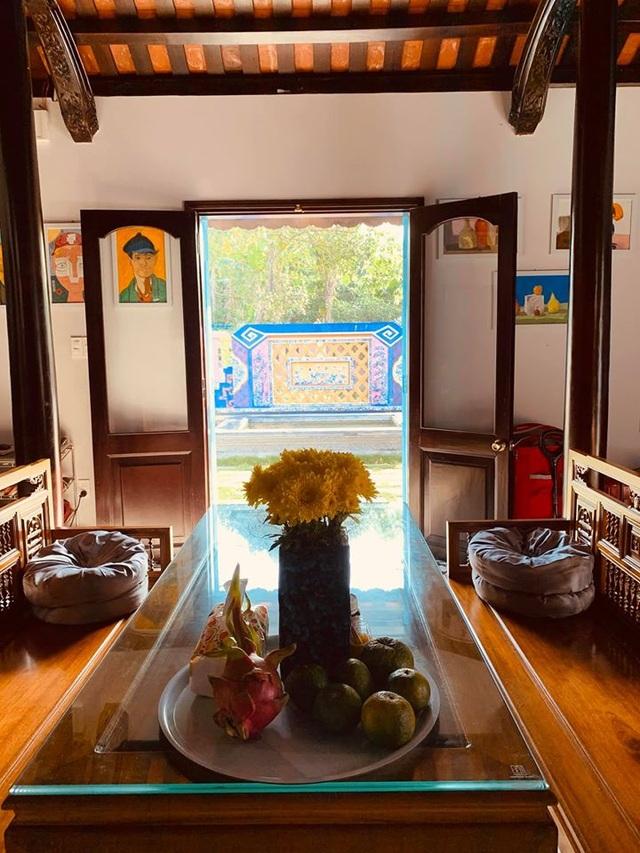 Bất ngờ với căn nhà cổ trăm tuổi đẹp hiếm có của cặp vợ chồng người Huế - 15