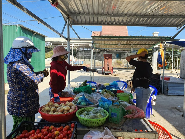 Ninh Thuận cách ly toàn bộ một thôn hơn 5.000 dân - 2