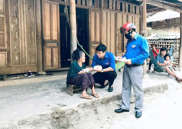 Thanh niên Nghệ An mượn xưởng may khẩu trang, chung tay phòng dịch Covid-19 - 1