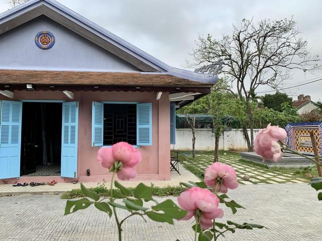 Bất ngờ với căn nhà cổ trăm tuổi đẹp hiếm có của cặp vợ chồng người Huế - 3