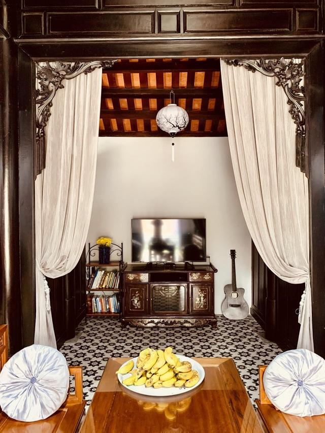 Bất ngờ với căn nhà cổ trăm tuổi đẹp hiếm có của cặp vợ chồng người Huế - 6