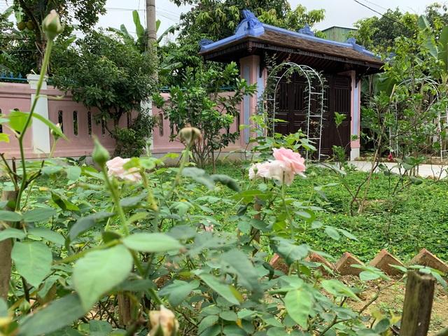 Bất ngờ với căn nhà cổ trăm tuổi đẹp hiếm có của cặp vợ chồng người Huế - 9