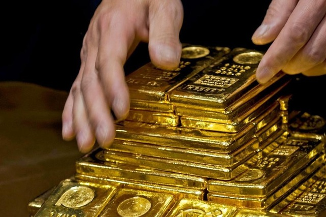 Thị trường vàng đang có dấu hiệu bị làm giá - 1