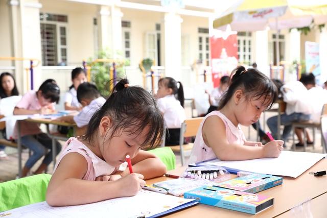 Trẻ em thi vẽ tranh truyên truyền nâng cao sức khỏe, chống dịch Covid-19 - 1