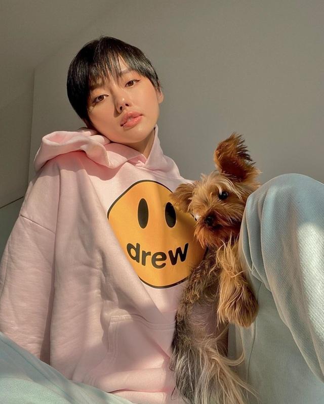 Fashionista Khánh Linh nhận ra ý nghĩa của những ngày cách ly sống chậm - 4