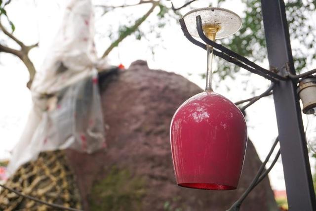 Kỳ lạ quần thể nhà xây dựng trên cây cổ thụ trăm tuổi độc nhất Hà Nội - 15