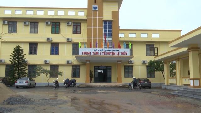 Quảng Bình: Rút giấy phép hàng loạt phòng khám thuộc Trung tâm y tế - 1