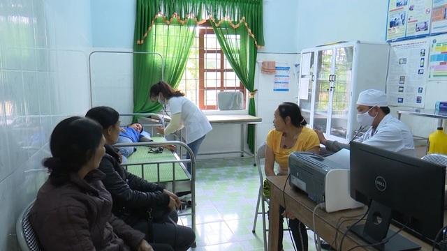 Quảng Bình: Rút giấy phép hàng loạt phòng khám thuộc Trung tâm y tế - 2