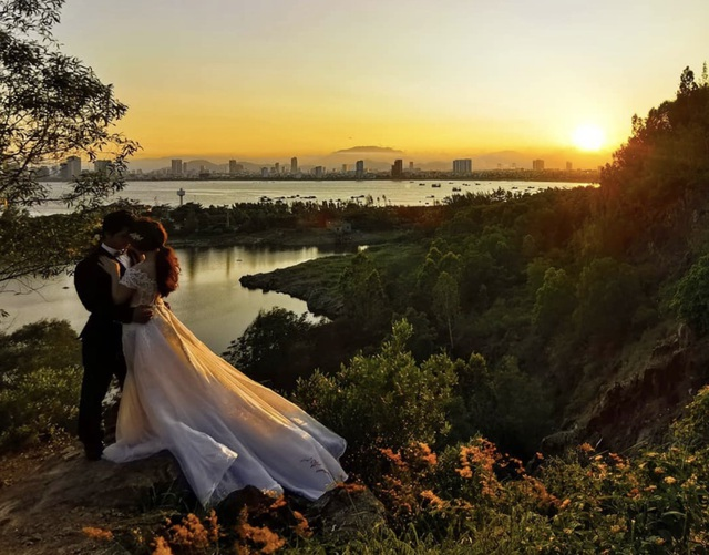 Đà Nẵng vận động báo hỷ thay cho mời dự tiệc cưới vì Covid- 19 - 1