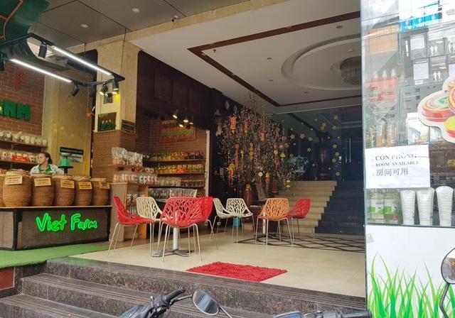 Nha Trang: Nhiều khách sạn đóng cửa, rao bán trong mùa dịch Covid-19 - 4