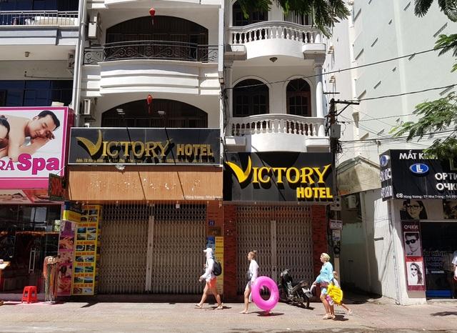 Nha Trang: Nhiều khách sạn đóng cửa, rao bán trong mùa dịch Covid-19 - 3