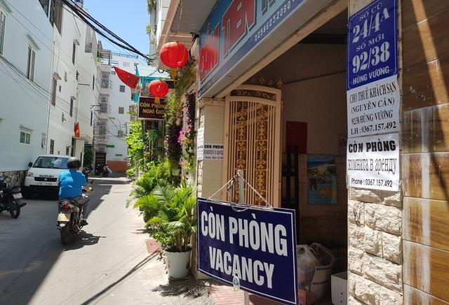 Nha Trang: Nhiều khách sạn đóng cửa, rao bán trong mùa dịch Covid-19 - 5
