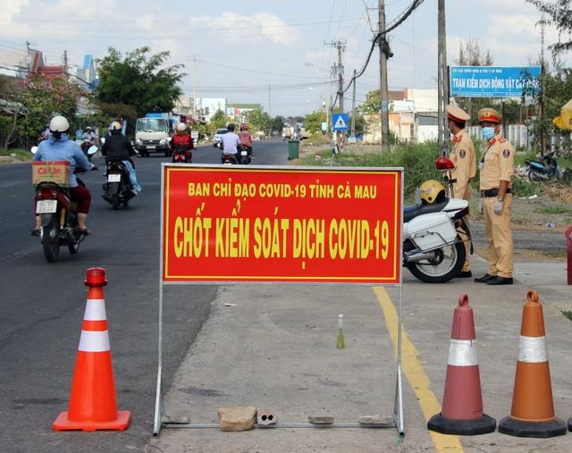 Thừa Thiên Huế, Cà Mau lập chốt kiểm dịch Covid-19 ra vào tỉnh - 2