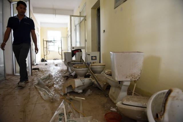 Bệnh viện bỏ hoang được gấp rút cải tạo làm khu cách ly dịch Covid-19 - 8