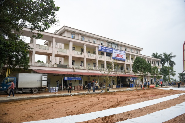 Bệnh viện bỏ hoang được gấp rút cải tạo làm khu cách ly dịch Covid-19 - 2