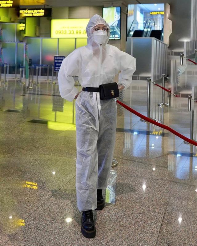 Sao Việt nổi bật với trang phục bảo hộ - 2