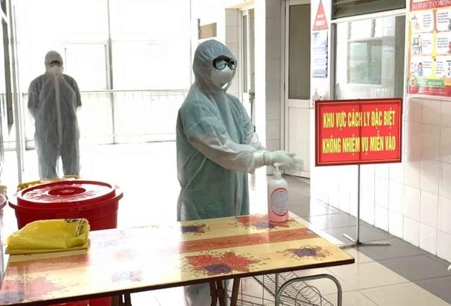 Yêu cầu bệnh viện bố trí khám riêng ca nghi ngờ, tránh lây nhiễm Covid-19 - 1
