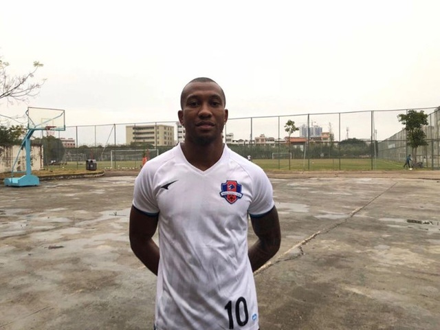 Cầu thủ ở Trung Quốc nhiễm Covid-19, các CLB Thái Lan lo sốt vó - 1