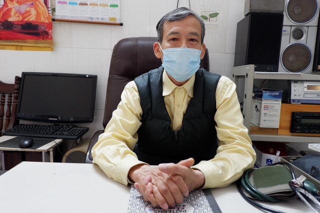 280 y, bác sĩ về hưu tình nguyện chống dịch: Tổ quốc gọi chúng tôi sẵn sàng - 1