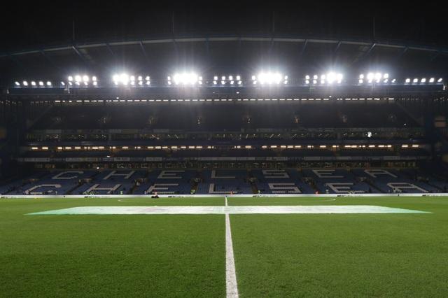Premier League tiếp tục hoãn thi đấu tới 30/4 - 1