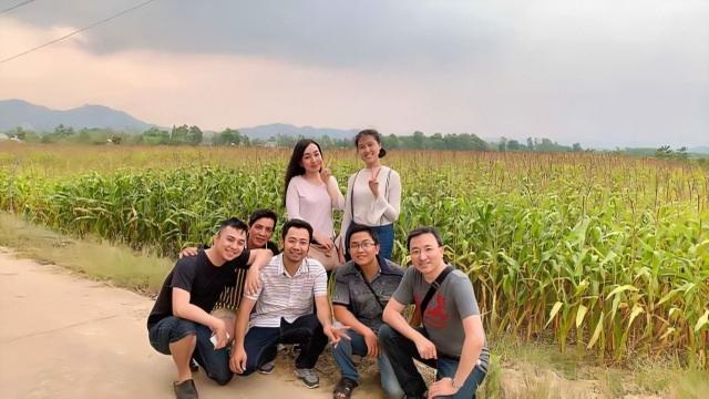 """Ca sĩ Hà Vân: """"8 năm rồi tôi mới có thời gian dành cho gia đình"""" - 10"""