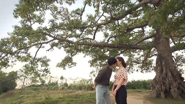 """Phương Oanh nín thở mới dám hôn """"Khoa"""" trong tập cuối """"Cô gái nhà người ta"""" - 1"""