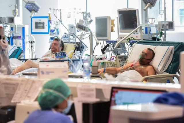 Italia: Gần 500 người chết, hơn 4.000 người mắc Covid-19 trong 24 giờ - 1