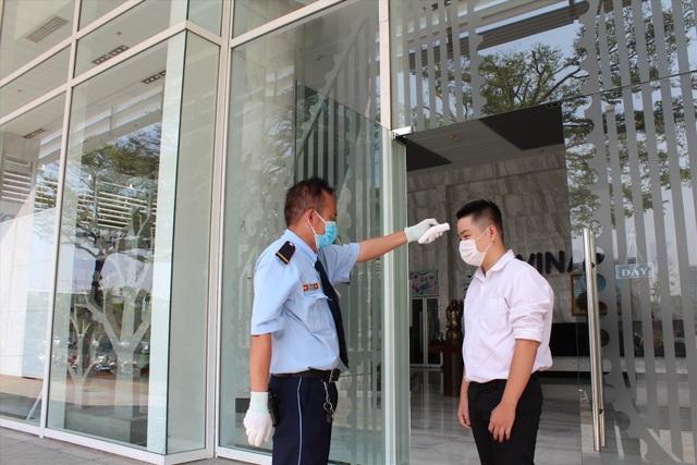 Hà Nội: Chi trả bảo hiểm thất nghiệp cho lao động mất việc vì Covid-19 - 2