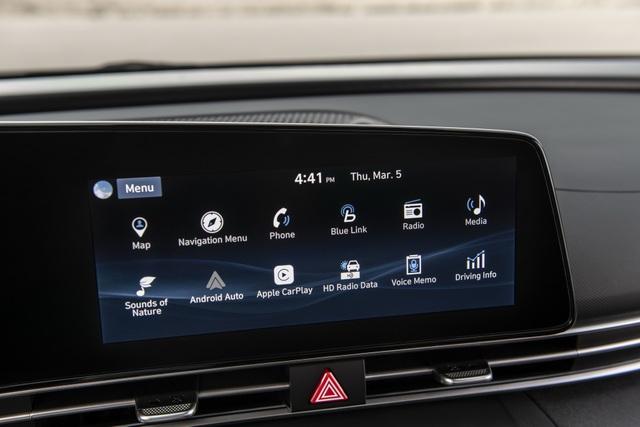 Cận cảnh Hyundai Elantra thế hệ mới vừa ra mắt - Làn gió lạ - 25