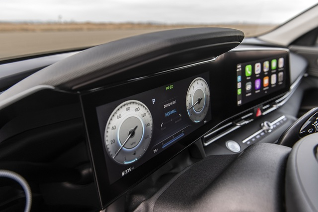 Cận cảnh Hyundai Elantra thế hệ mới vừa ra mắt - Làn gió lạ - 19