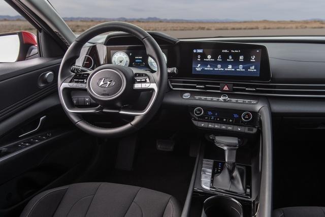 Cận cảnh Hyundai Elantra thế hệ mới vừa ra mắt - Làn gió lạ - 32