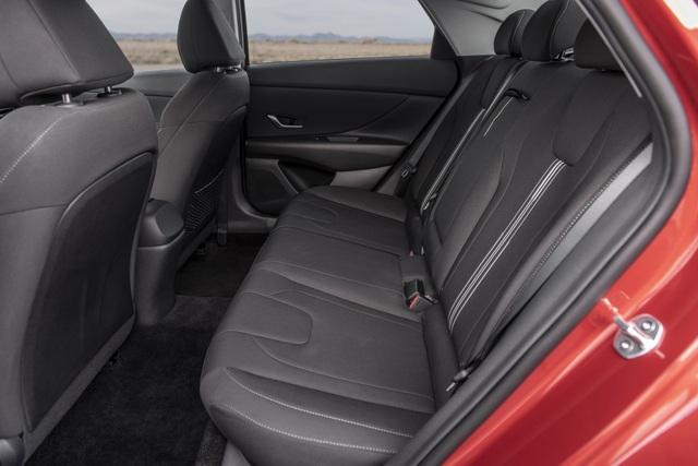 Cận cảnh Hyundai Elantra thế hệ mới vừa ra mắt - Làn gió lạ - 35