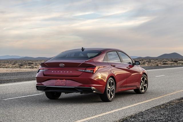 Cận cảnh Hyundai Elantra thế hệ mới vừa ra mắt - Làn gió lạ - 12