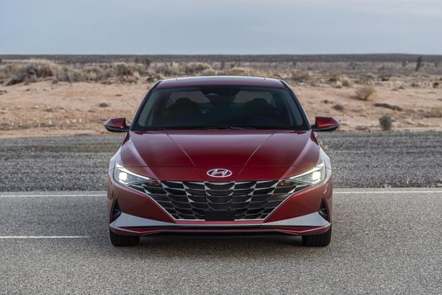 Cận cảnh Hyundai Elantra thế hệ mới vừa ra mắt - Làn gió lạ - 9