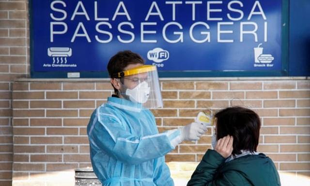 Bệnh nhân dạt xuống phía nam, bệnh viện Italia căng mình ứng phó dịch - 1