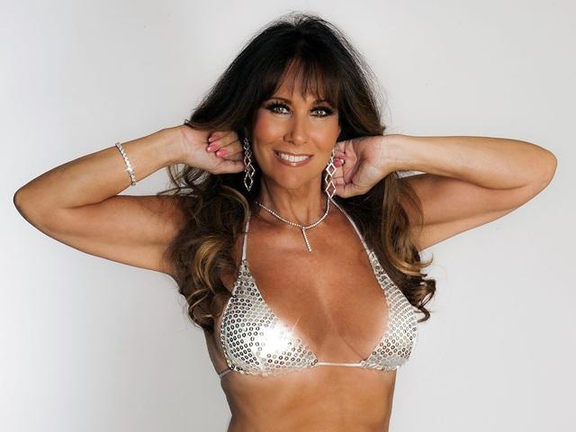 Người mẫu Linda Lusardi mắc Covid-19 - 1
