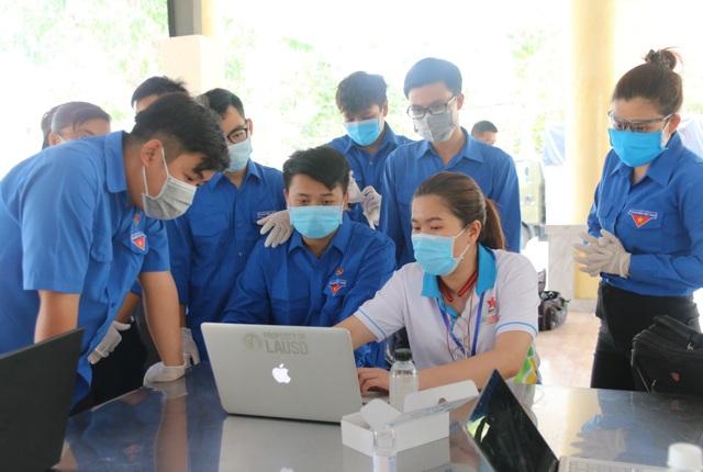 TPHCM: Đoàn viên thanh niên tham gia hỗ trợ khu cách ly dịch bệnh Covid-19 - 3