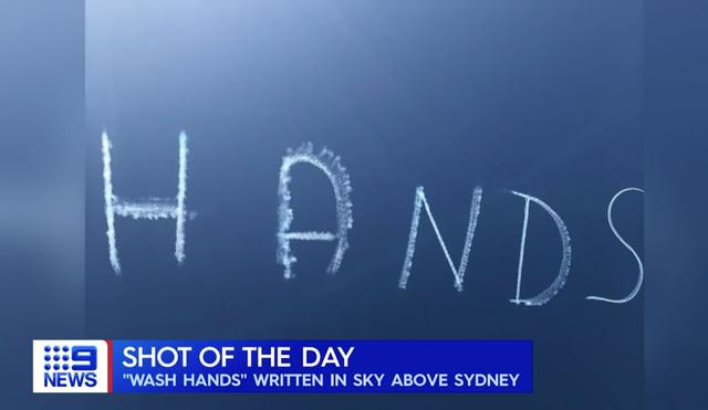 Thông điệp Rửa tay xuất hiện trên bầu trời Australia - 1