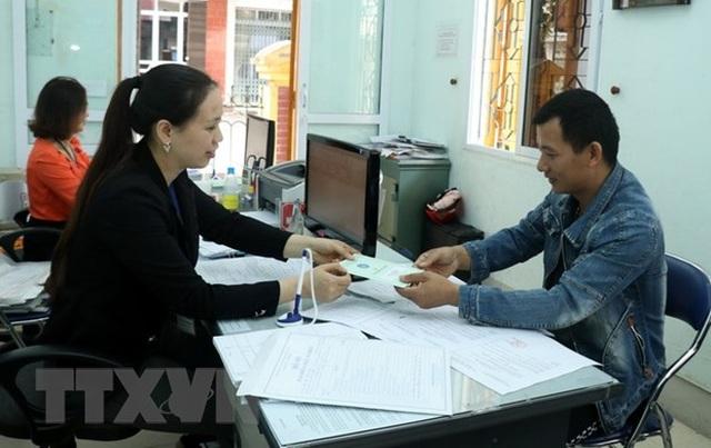 Hơn 1.000 tỷ đồng hỗ trợ người thất nghiệp tại Đồng Nai - 1