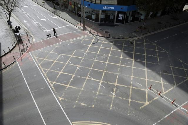 Những ngày đường phố Châu Âu vắng lặng... - Ảnh minh hoạ 9