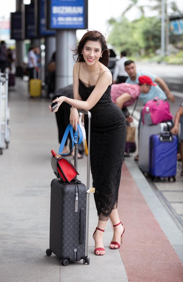 Dương Yến Nhung rời thành phố về quê nấu ăn, chăm sóc cây cảnh tránh dịch - 1